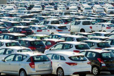 Цены на автомобили не тормозят