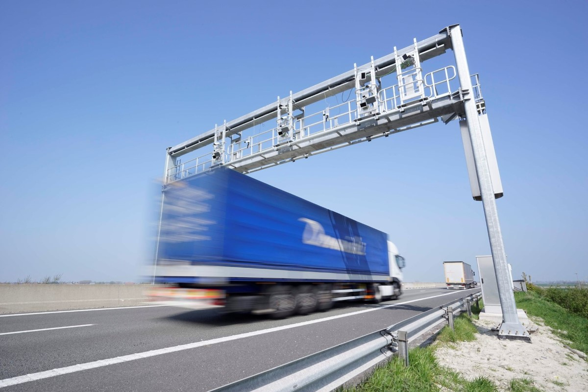 За весогабаритный контроль грузовиков поборется Ростелеком