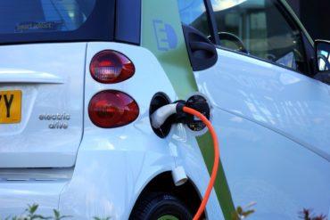 Стоимость электромобилей к 2022 году будет не дороже обычных автомобилей