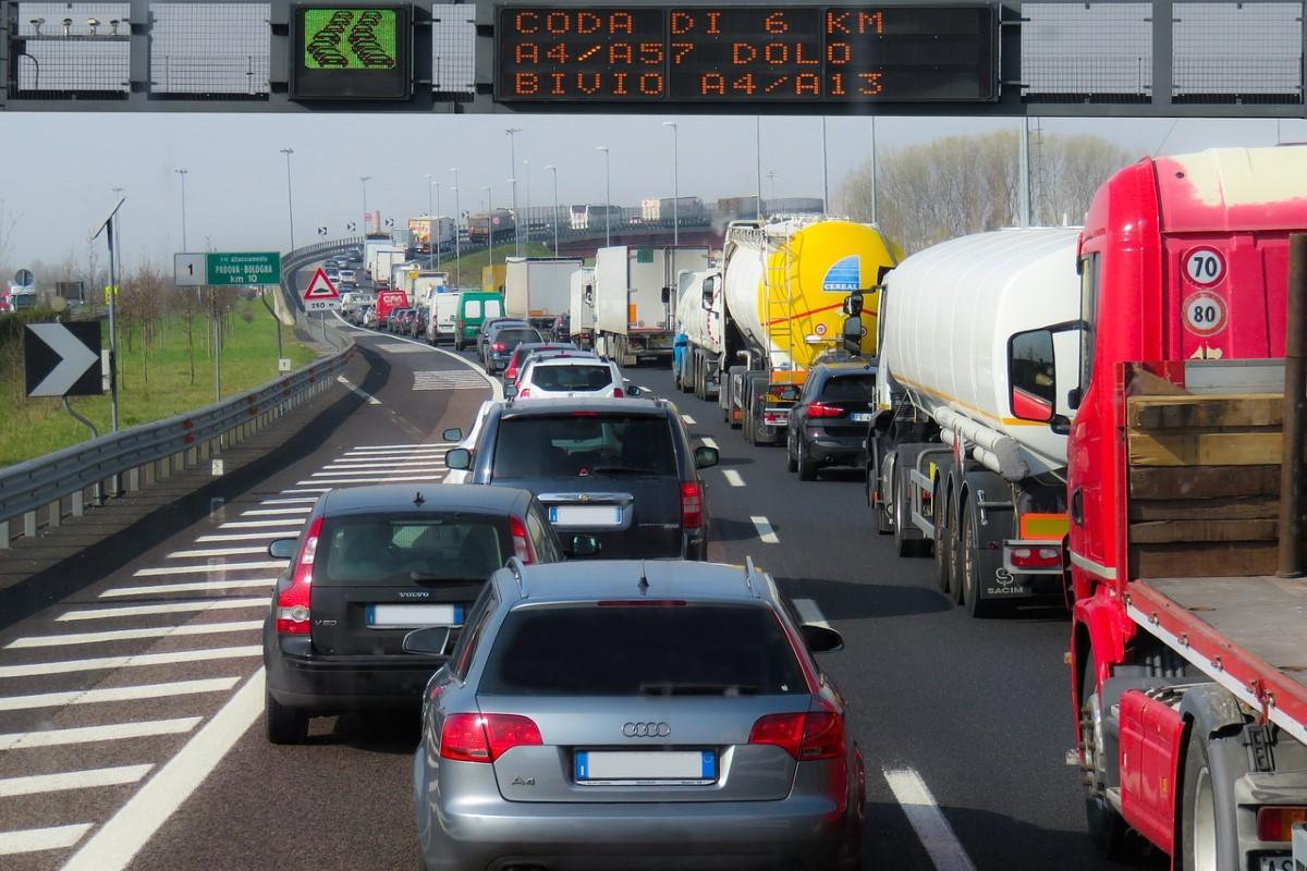 Новые правила работы для дальнобойщиков: в Евросоюзе готовятся серьезно изменить трудовое законодательство