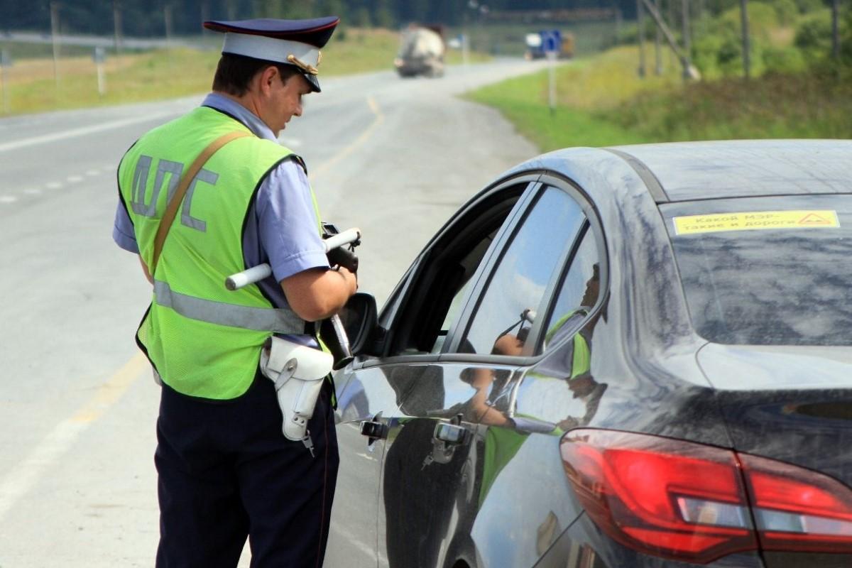 Камеры фотовидеофиксации будут выявлять автомобилистов, лишенных водительских прав