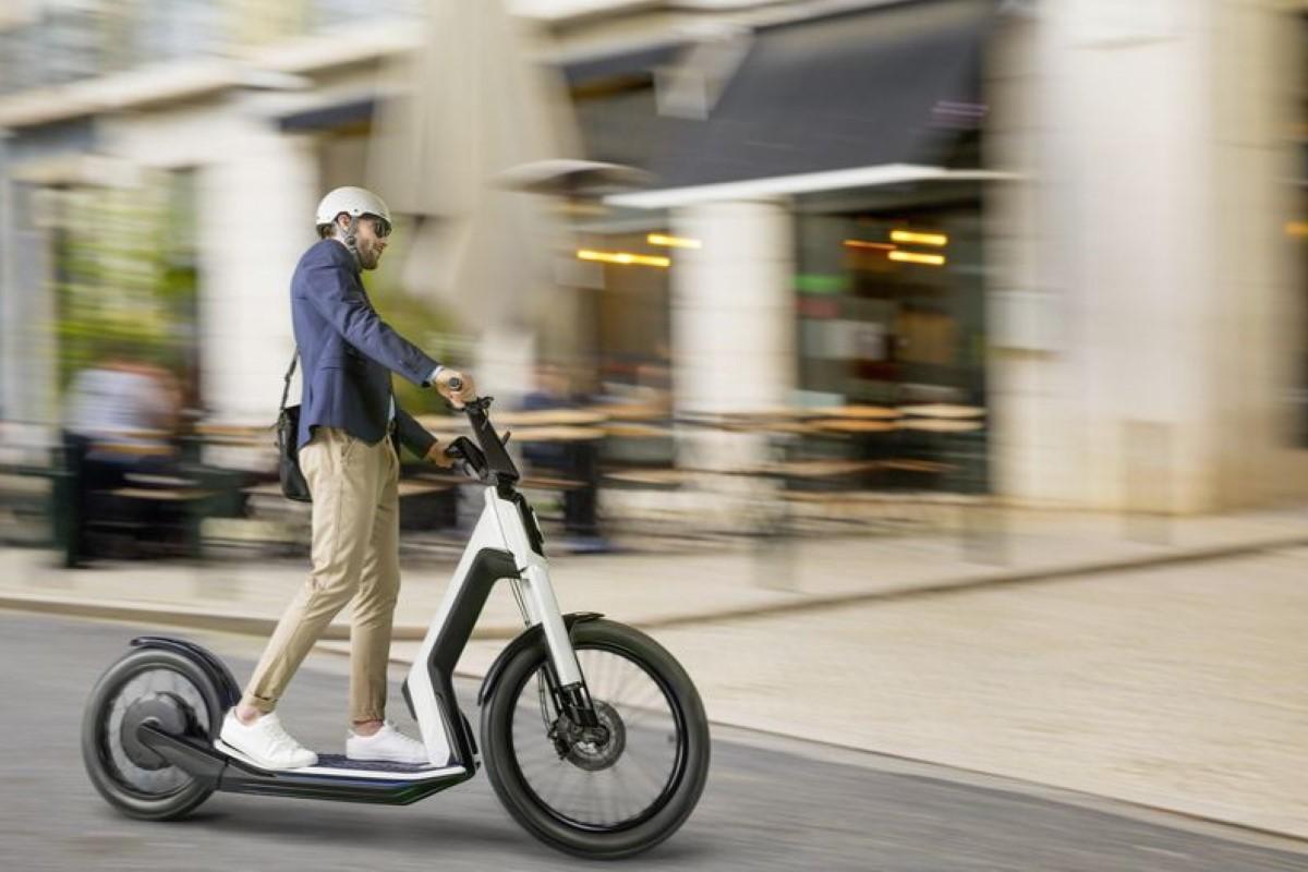 В Германии официально разрешили ездить на электросамокатах по проезжей части