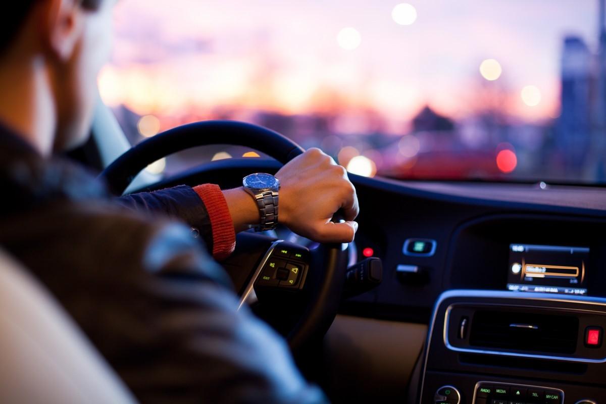 Дорога без начала и конца: как не уснуть за рулем во время продолжительных поездок