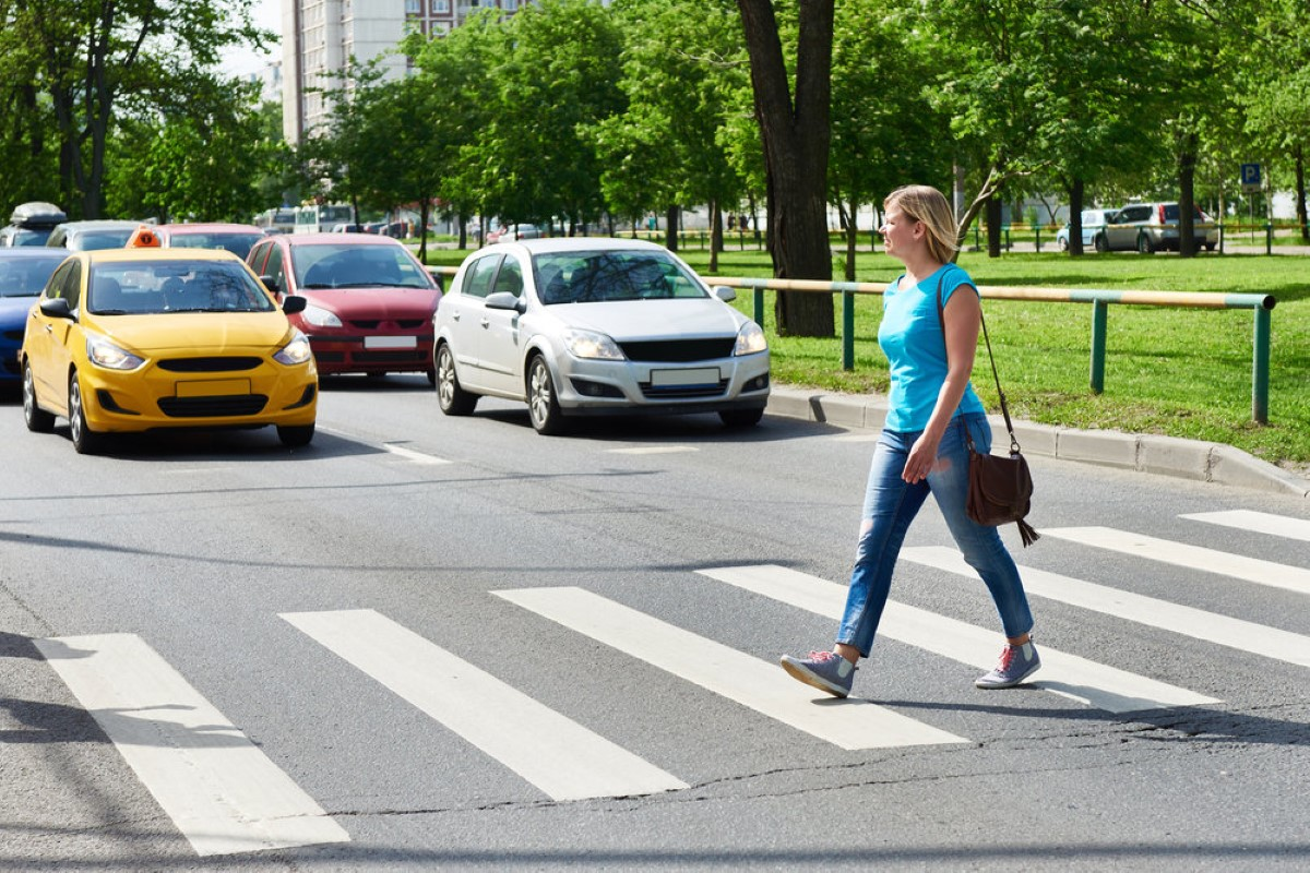 Автоэксперты предложили поменять правила остановки перед пешеходными переходами