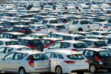 Сразу 10 брендов изменили цены на свои авто за две недели июля