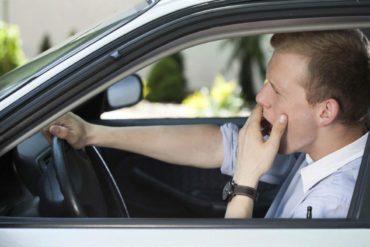 Автомобиль рулит: в России разрабатывают новые системы контроля водителей