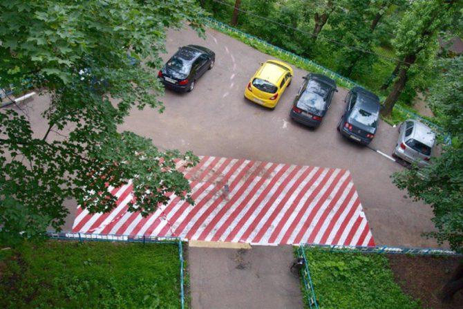 Не паркуйся на «красном квадрате»: в Москве вводят новый вид штрафов