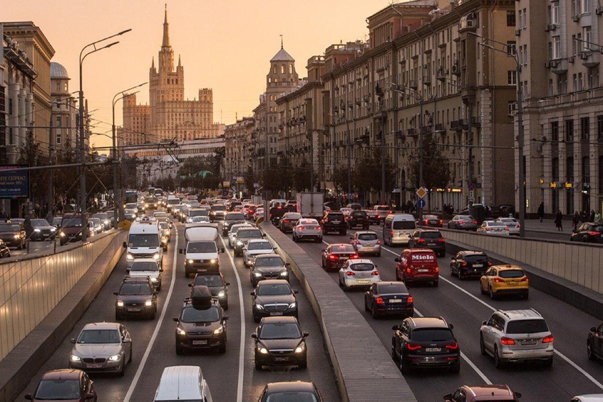 Автомобилистов ждут ослабления карантинных ограничений. Какими они будут?