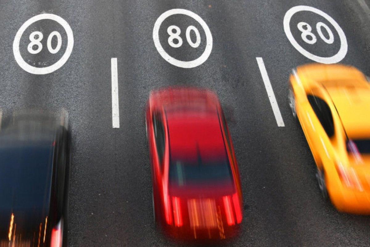 На Варшавском шоссе разрешили движение со скоростью 80 км в час