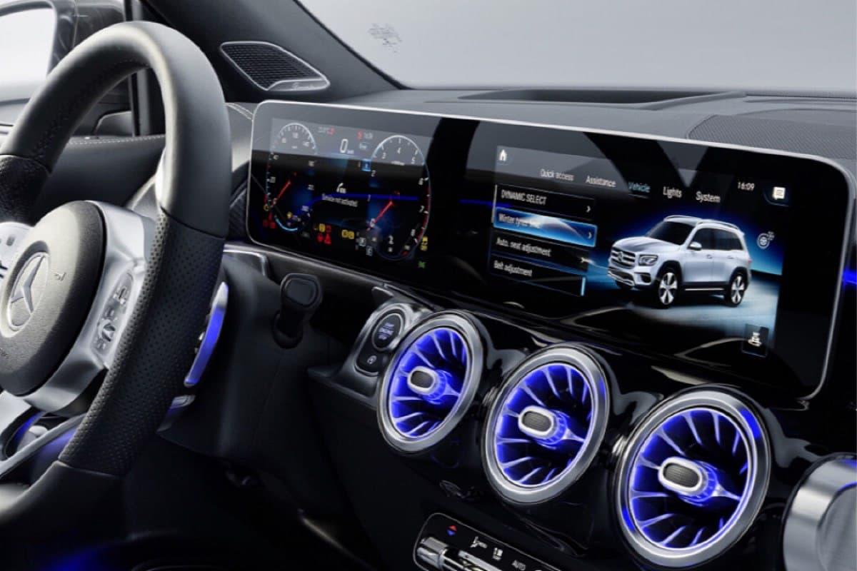 Электронные помощники в автомобиле: польза или вред?