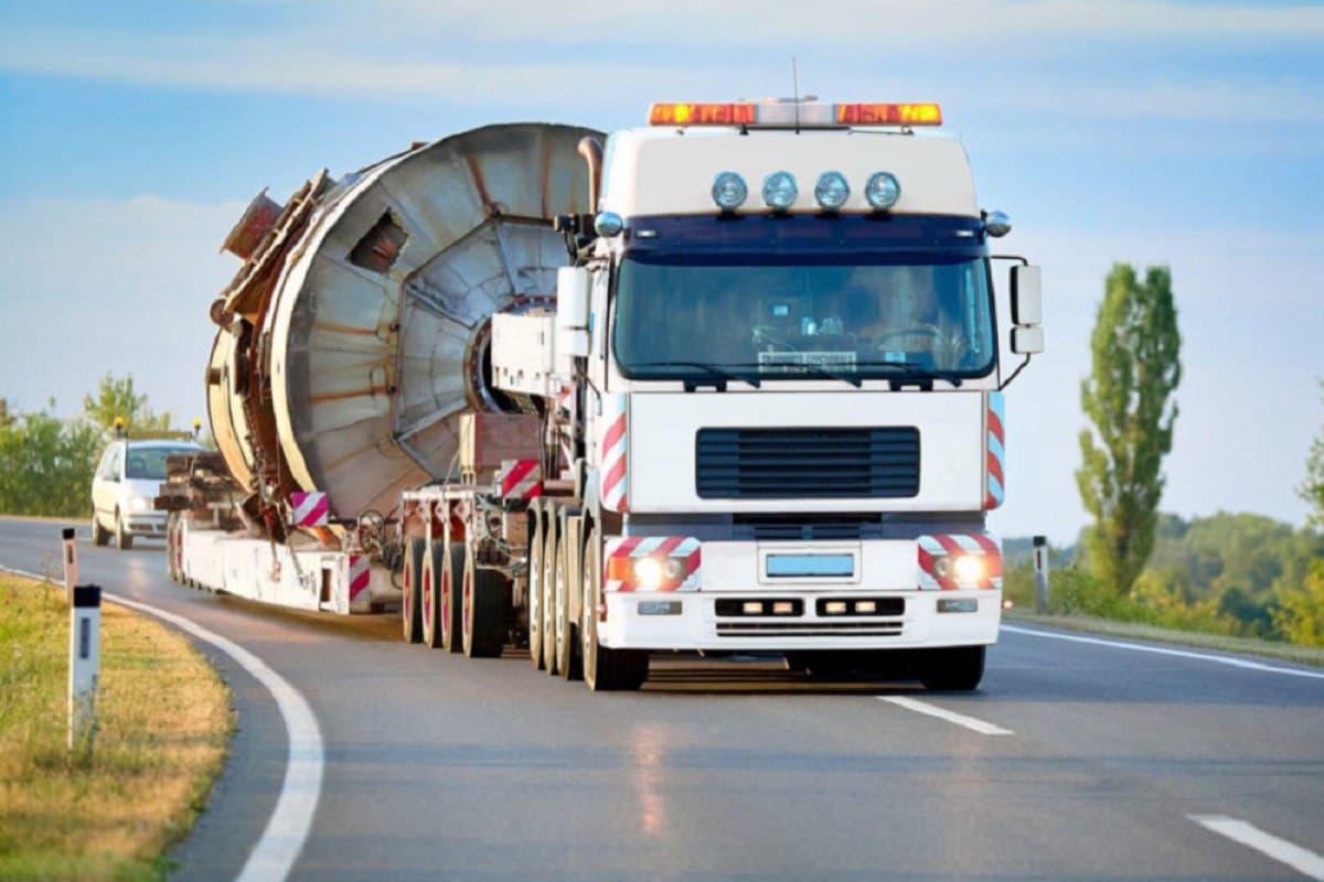 Разрешения на проезд тяжеловесных и крупногабаритных транспортных средств будут выдавать в электронном виде