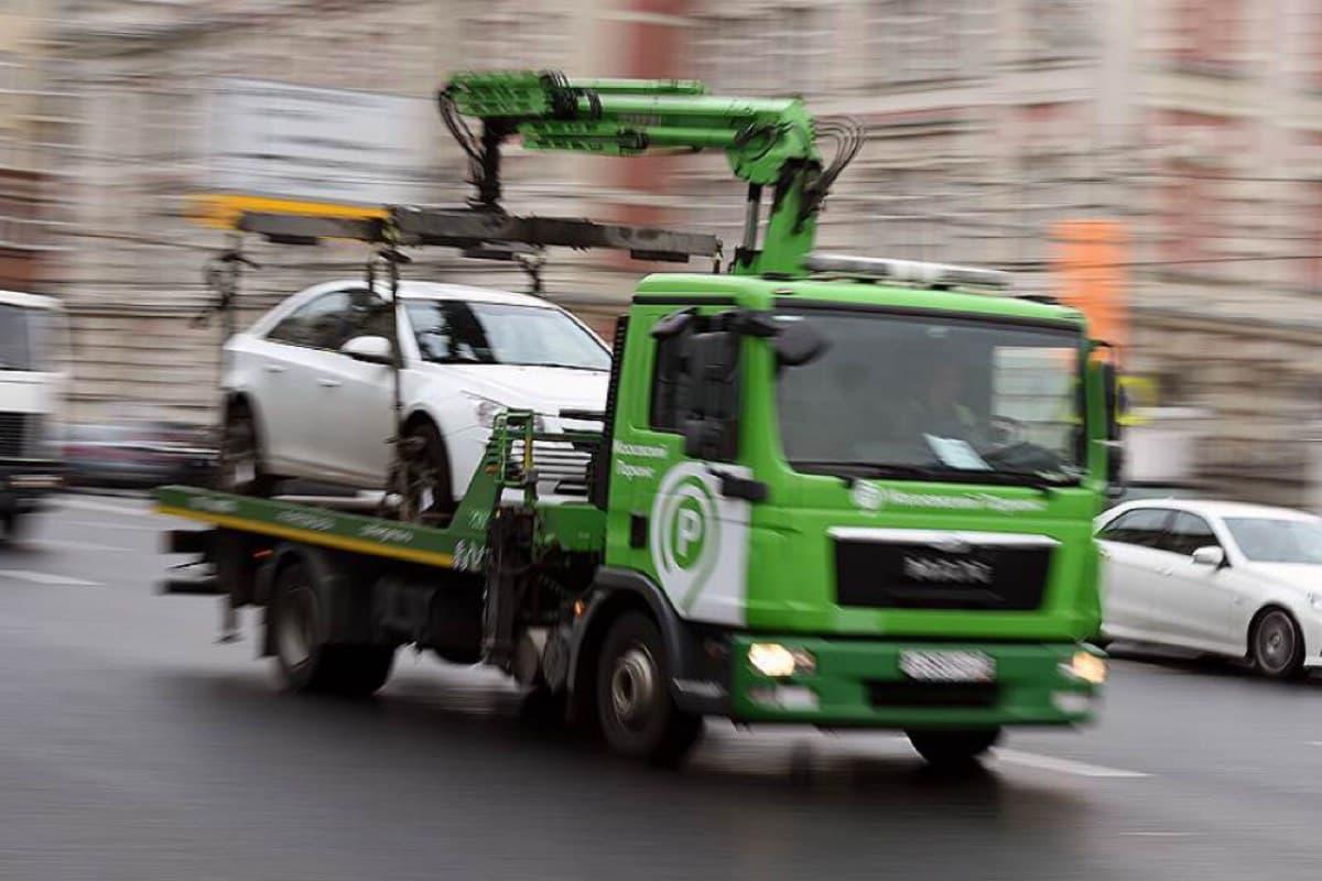 Эвакуированные в Московской области автомобили можно будет найти через специальный сервис