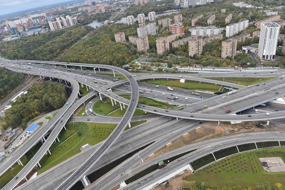 Если столичные власти не примут мер, Москве грозит транспортный коллапс