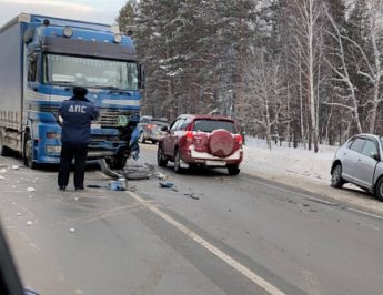 Куда Свердловские властидели бюджетные деньги: 3 миллиарда рублей за снимки с дорожных камер