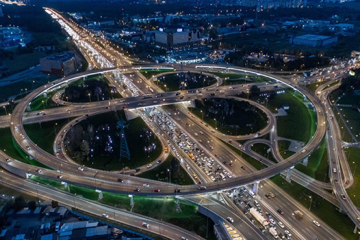 Почему водители грузовиков могут остаться без пропуска на МКАД