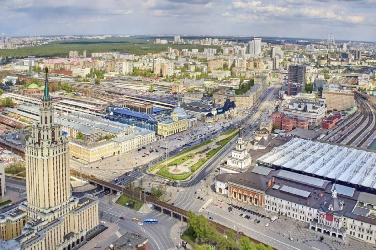 Изменение схемы движения на Комсомольской площади