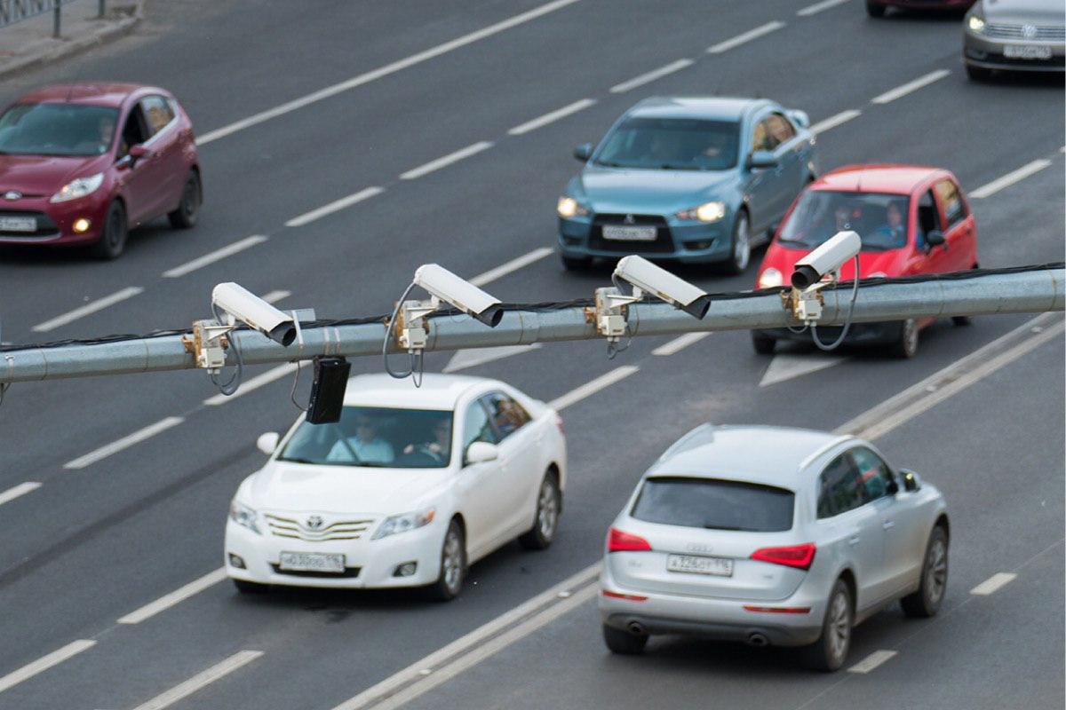 Дорожные камеры будут штрафовать за несоблюдение дистанции и опасную езду