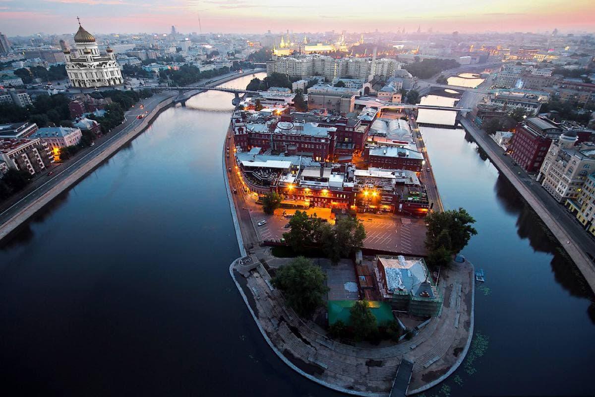 В Москве изменится схема движения на острове Балчуг