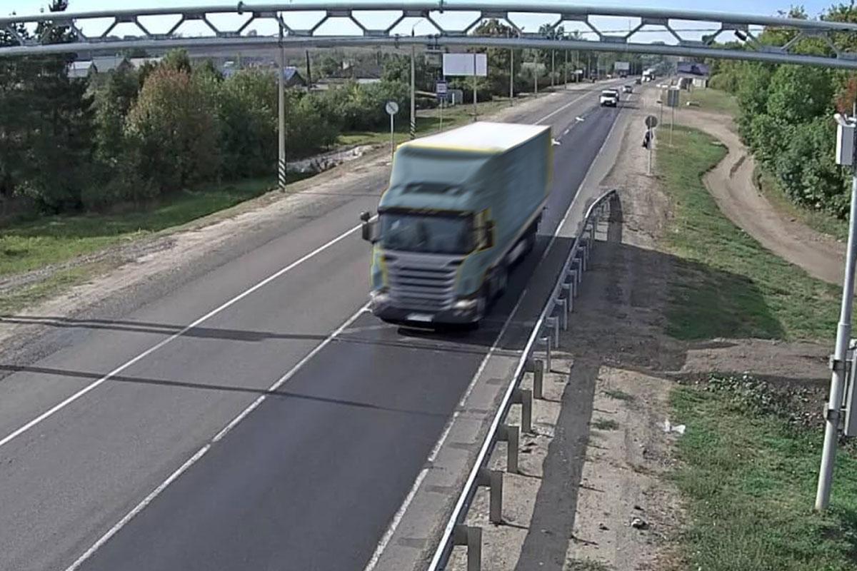 На дорогах Югры установят 8 новых пунктов весогабаритного контроля